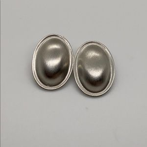 Vintage silver tone oval stud earrings